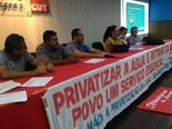 privatizacao-casal-contra-mao